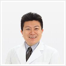 院長 市岡健太郎(いちおか けんたろう)